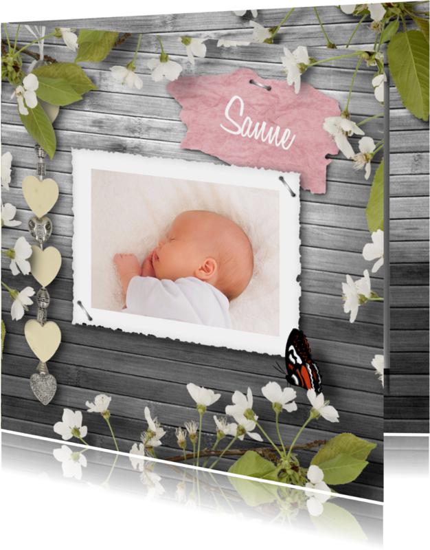 Geboortekaartjes - Geboortekaart bloemen en vlinder B