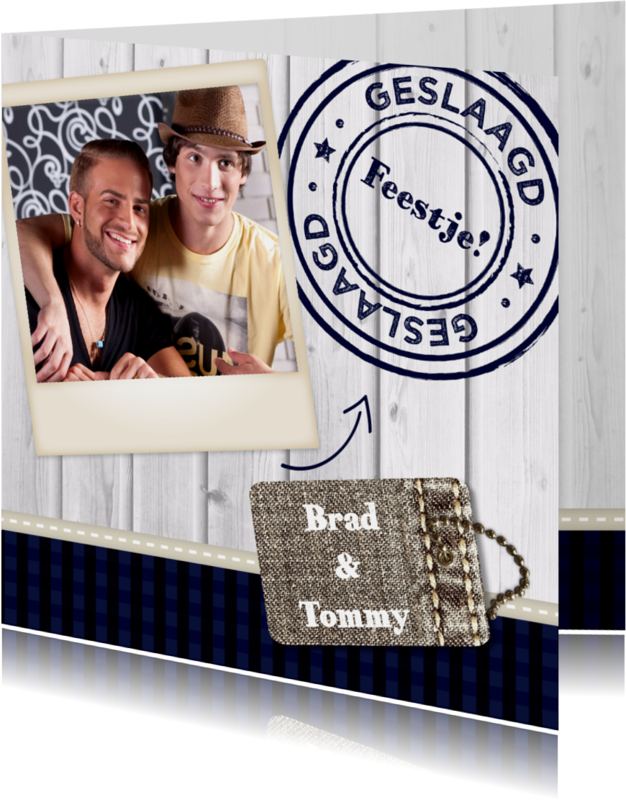 Uitnodigingen - Hout met Label Geslaagd Bl  - BK