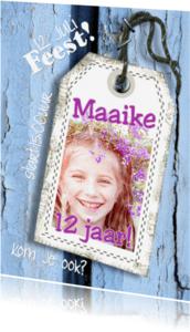 Kinderfeestjes - Feest hout en naamkaartje a