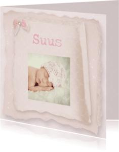 Geboortekaartjes - fotokaart vintage papier meisje