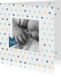 Geboortekaartjes - Geboortekaart driehoek kleur jongen
