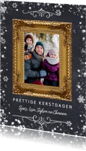 Kerstkaarten - Kerstkaart met gouden sierlijke fotolijst en sneeuwkader