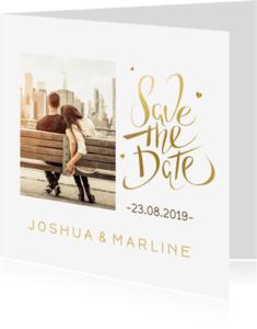 Trouwkaarten - Save the date kaart goud