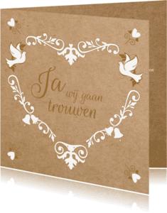 Trouwkaarten - Trouwkaart hart met twee duiven
