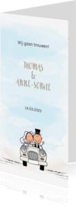 Trouwkaarten - Trouwkaart trouwauto met bruidspaar