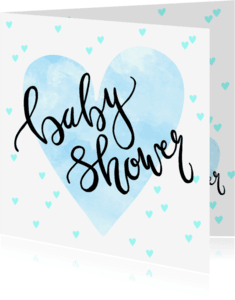 Uitnodigingen - Uitnodiging babyshower hartjes en tekst blauw