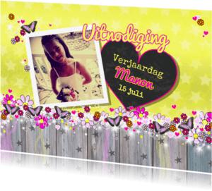 Kinderfeestjes - vrolijke gele foto kaart vlinder