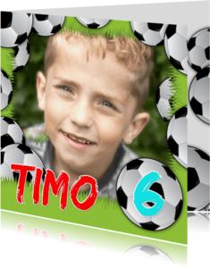 Kinderfeestjes - YVON voetbal gras eigen foto naam
