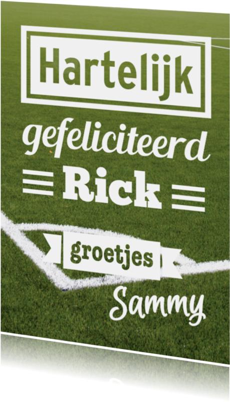 Felicitatiekaarten - Voetbalveld met eigen namen